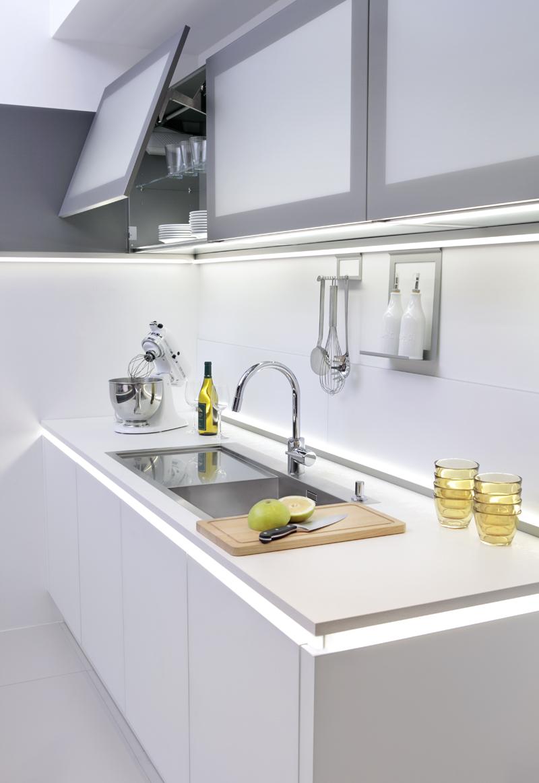 Nolte Küchen - Mehrwert durch Licht  Küche + Architektur